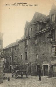 CPA LANDERNEAU - Ancienne résidence des ducs de Rohan (143991)