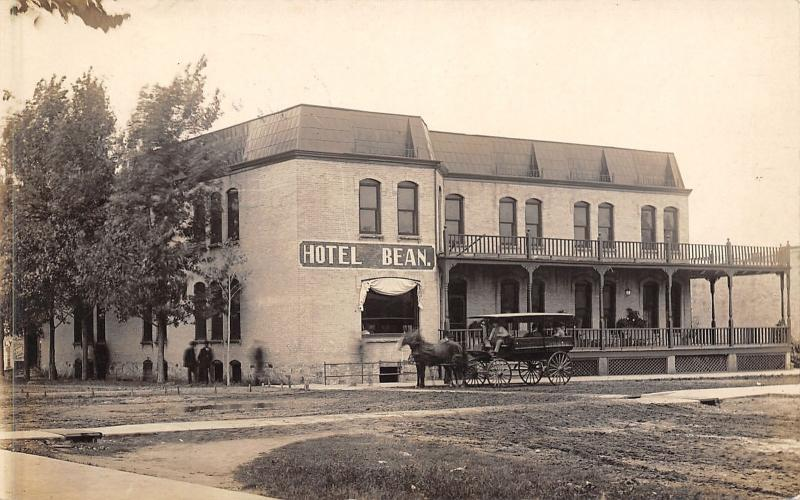 Wautoma Wisconsin Hotel Bean E Weeks Proprietor Horse Drawn Depot Hack 1911