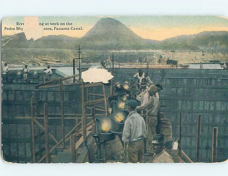 Old Postcard WORKERS RIVETING ON PEDRO MIGUEL LOCK GATE Panama City Panama F5616