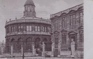 OXFORD , England , 00-10s ; Shelolonion Theatre : TUCK 1562