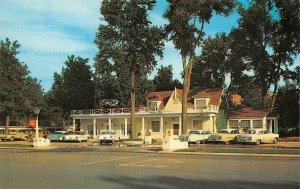KANAB, UT Utah  PARRY LODGE~PINK POODLE GIFTS  Cool 50's Cars ROADSIDE Postcard