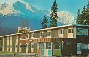 SMITHERS , B.C. ,1950-60s ; Tyee Motor Hotel