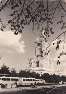 RP: WARSZAWA , POland , 40-50s ; Palac Kultury i Nauki z lewej hotel Metropol