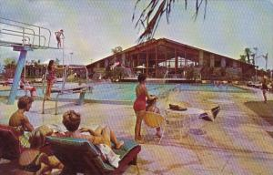 Florida Cape Coral Yacht And Racquet Club With Pool