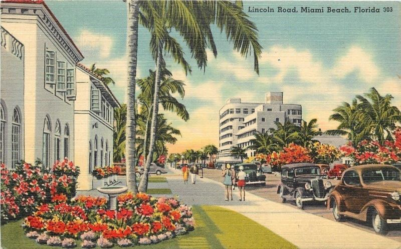 Miami Beach Florida~Lincoln Road~Classic cars~Palm Lined