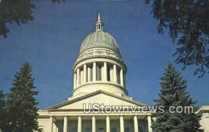 Dome, State Capitol in Augusta, Maine
