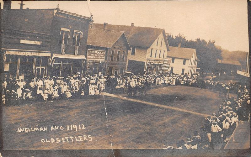 Wellman Iowa~Old Settlers Crowd~City Meat Market~Tedford Bros~Taylor~1912 RPPC