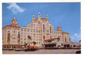 Don-Ce-Sar Resort Hotel,60's Cars, St Petersburg Beach, Florida, Photo Sparky...