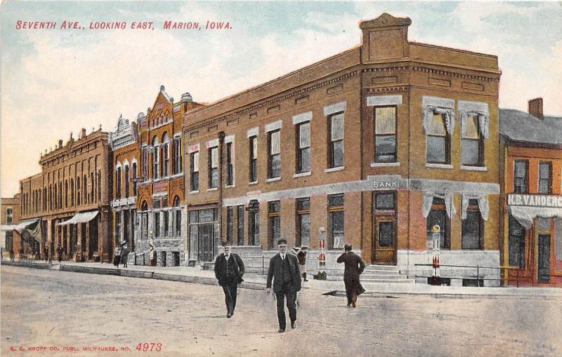 D19/ Marion Iowa Ia Postcard c1910 Seventh Ave East Bank Building Men 1
