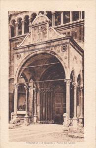 TRENTO, Italy, 1910-1920s; Il Duomo, Porta Dei Leoni