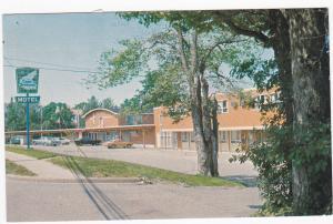 Cape Bretoner Motel, Classic Cars, SYDNEY, Nova Scotia, Canada, PU-1972