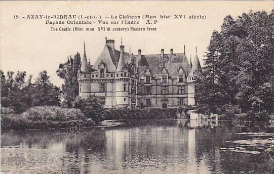 AZAY-le-RIDEAU, Le Chateau, Facade Orientale, Vue sur l'Indre, Indre et Loire...