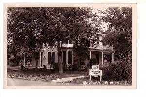 Real Photo,  Abilene, Kansas, Eisenhower Home, President