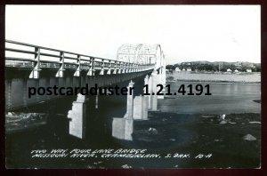 4191- CHAMBERLAIN South Dakota 1950s Missouri River Bridge. Real Photo Postcard