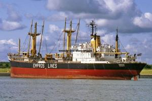 mc4219 - Greek SD14 Cargo Ship - Empros , built 1978 - photograph 6x4
