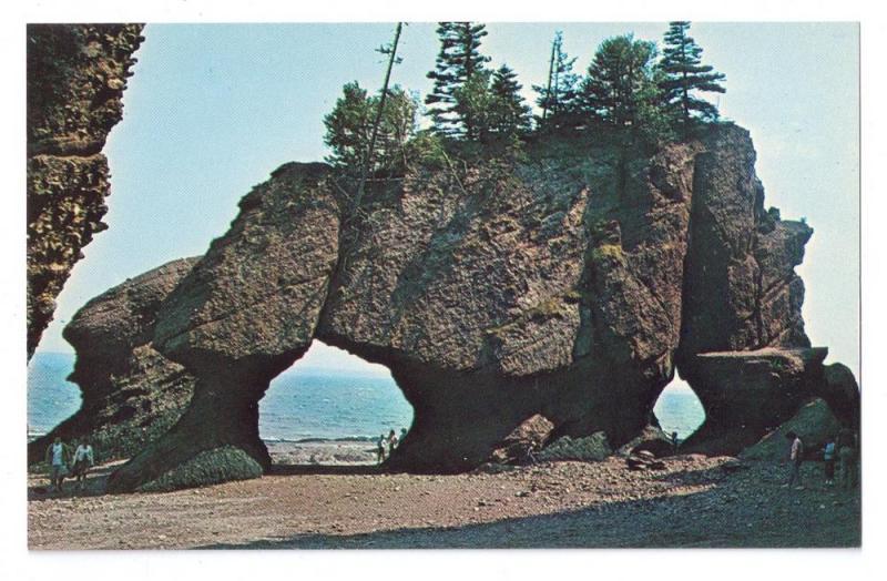 2 The Rocks Hopewell Cape New Brunswick Canada