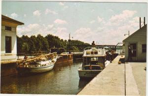 P700 new york state barge canal lock 5 minetto boats
