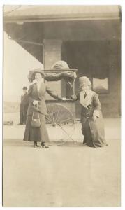 Grants Pass OR Popcorn Machine Railroad Depot? RPPC Real Photo Postcard