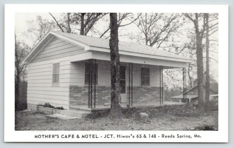 Reeds Spring Missouri~Mother's Cafe & Motel~Spent the Night Here 1963~1950s B&W