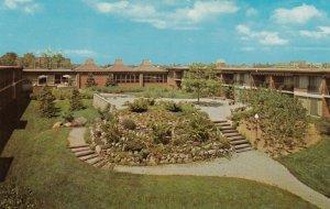 TORONTO , Ontario, 1950-60s ; Valhalla Inn