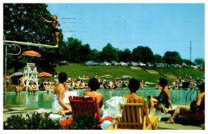 Connecticut   Moodus , Ted Hilton's Resort, High Diving