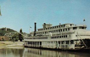 HANNIBAL, MO, 50-60s; Mississippi River Steamboat Gordon C. Greene at levee