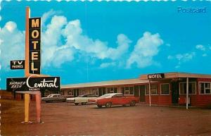 Canada, Saskatchewan, Swift Current, Central Motel, Dexter Color No. 26003-C