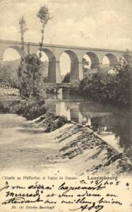 CPA Luxembourg L'Alzette au Pfaffenthal et Viaduc de Clausen (30878)