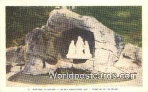 Cap-De-La-Madeleine, PQ Canada, du Canada Fountain of the Rosary Cap-De-La-Ma...