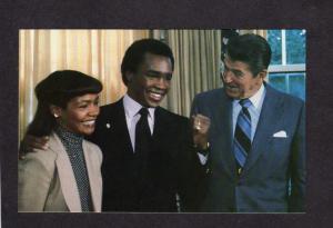 President Ronald Reagan Boxer Sugar Ray Leonard Boxing White House DC Postcard