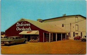 Scobeyville, New Jersey Postcard Salesroom at DELICIOUS ORCHARDS c1960s Unused