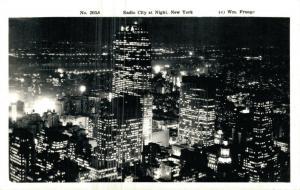 USA Radio City at Night New York REAL PHOTO 01.68