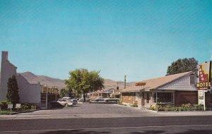 POCATELLO , Idaho, 50-60s ; Idaho Hotel, street view