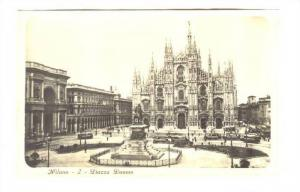 RP; Milano - 2 - Piazza Duomo, Lombardia, Italy, 10-20s
