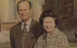 Queen Elizabeth with Prince Philip 1982 Royal Souvenir Postcard