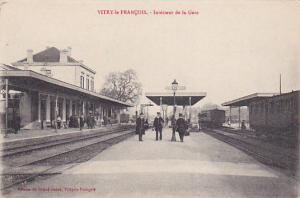 Vitry-le-François , France , 1919 ; La Gare / Train Station