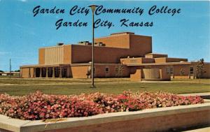 GARDEN CITY KANSAS~GARDEN CITY COMMUNITY COLLEGE~FINE ARTS BLDG POSTCARD 1960s