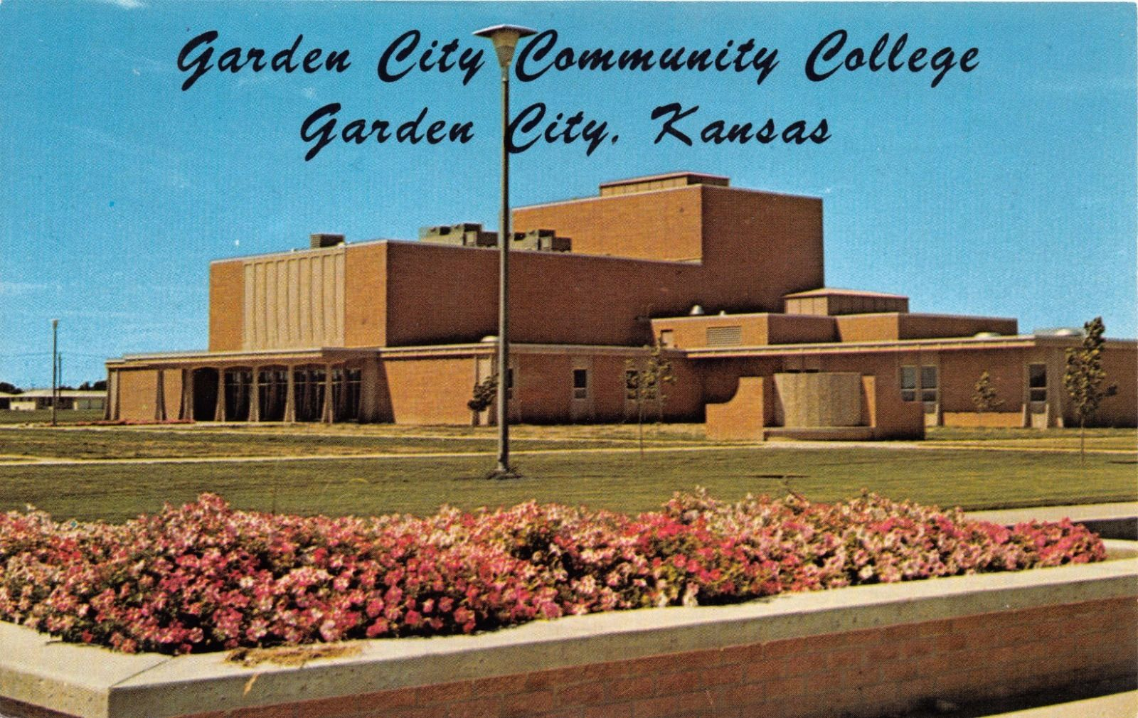 GARDEN CITY KANSAS~GARDEN CITY COMMUNITY COLLEGE~FINE ARTS BLDG ...