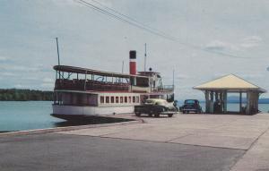 Steamship Anthemis at wharf , MAGOG , Quebec , Canada , 50-60s
