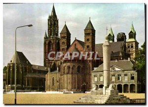 Postcard Modern Maastricht Veijthof puts Perroen