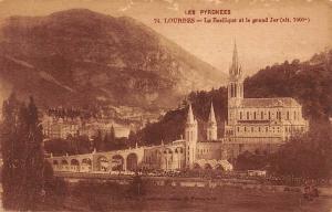 France Les Pyrenees Lourdes La Basilique et le grand Jer Basilica