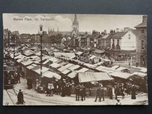 Norfolk: Great Yarmouth Market Place - Old Postcard by A.Yallop