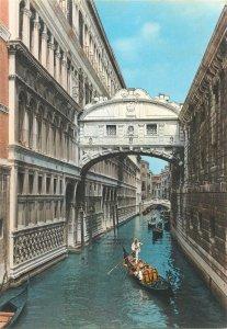 Postcard Italy Venezia Sights Bridge