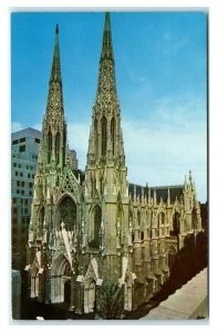 Postcard St Patrick's Cathedral, New York City chrome L10