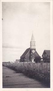 RP: Chauvin , Alberta , Canada , 10-30s : Church