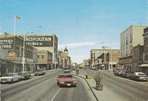 Main Street , MOOSE JAW , Saskatchewan , Canada , 50-70s