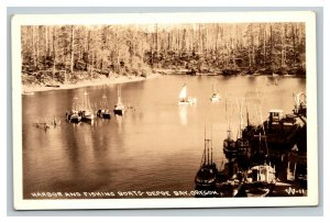 Vintage Early 1900's RPPC Postcard Depoe Bay Harbor & Fishing Boats UNPOSTED