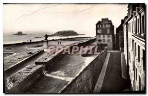 Postcard Old Saint Malo L and V Holland Remparts Grand Bey