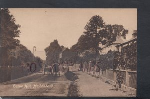 Berkshire Postcard - Castle Hill, Maidenhead    HP353