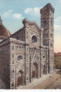 Italy Firenze Facciata della Cattedrale